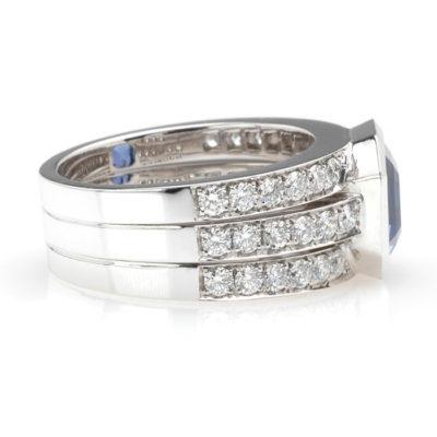 Witgouden bandring diamant en saffier zij