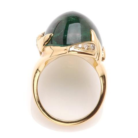 Geelgouden ring groene toermalijn bovenaanzicht