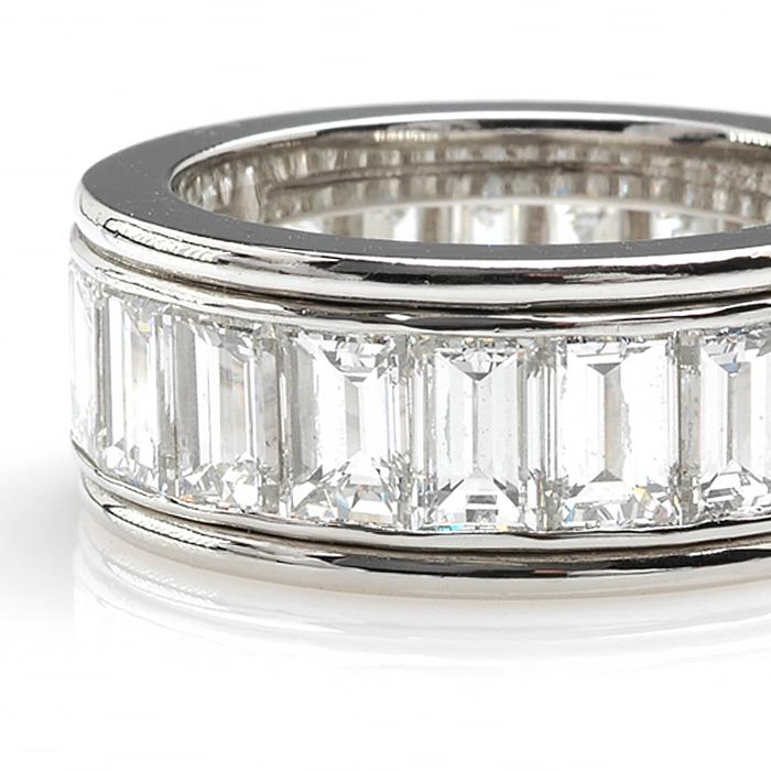 Platina alliance emeraud diamant detail