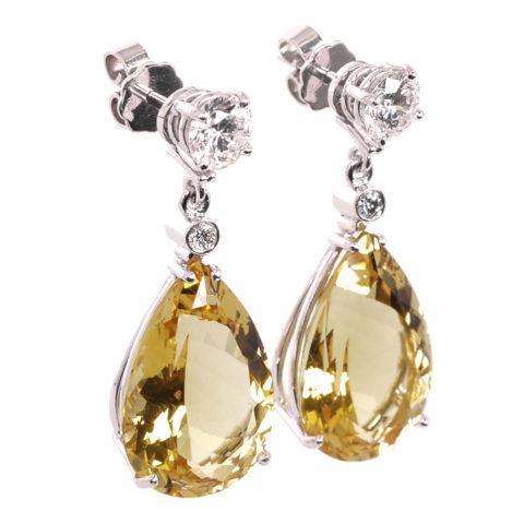 Beryl en diamant oorbellen
