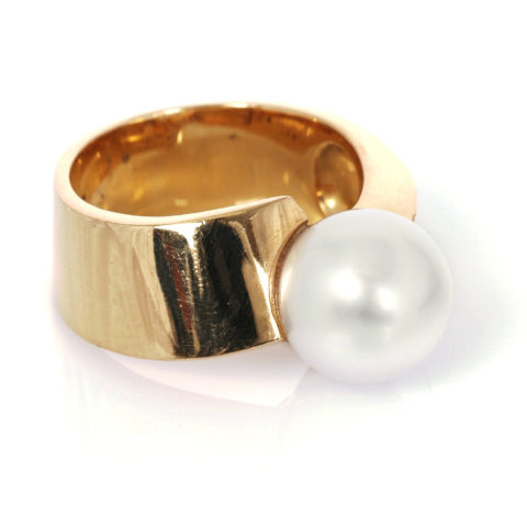 Geel gouden parel ring