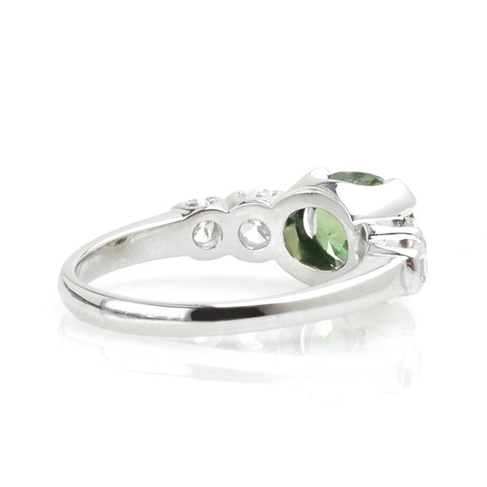 Witgouden ring demantoïd diamant achter