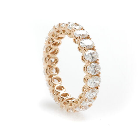 Alliance ovale diamanten schuin
