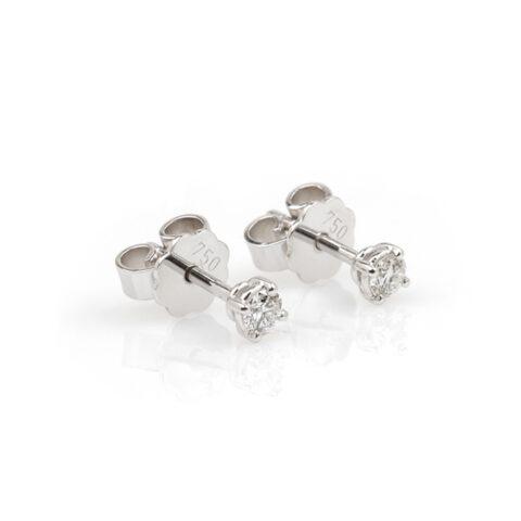 Witgouden oorstekers diamant